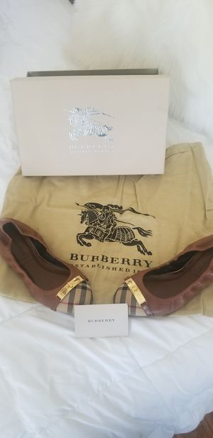Brand New Burberry for Sale in South Gate, CA
