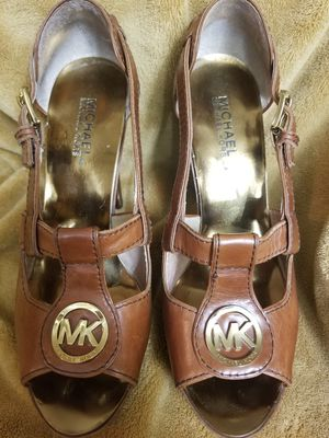 Size 8M Michael Kors Brown Leather Open Toe Platform High Heels for Sale in Sacramento, CA