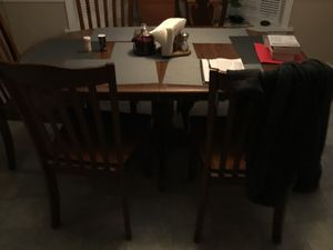 Kitchen table on sale fr $50 for Sale in Sewickley, PA