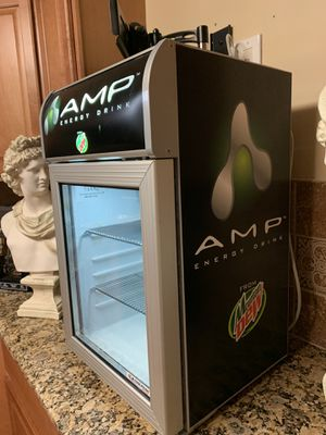 Used only one day commercial mountain dew cooler for Sale in Macomb, MI