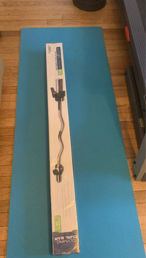 Olympic curl bar 47 inches. New for Sale in Norwalk, CT