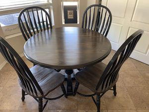 "48"" Round Table with 4 Chairs for Sale in Mesa, AZ"