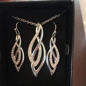 Silver necklace with matching earrings for Sale in Henderson, CO