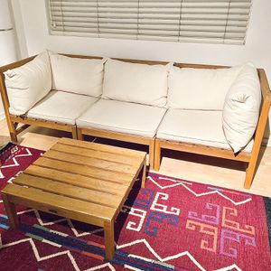 Safavieh Modular Outdoor Teak Sectional With Table for Sale in Long Beach, CA