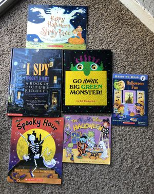 KIDS HALLOWEEN BOOKS 6 I SPY LOW PRICE! for Sale in Ontario, CA