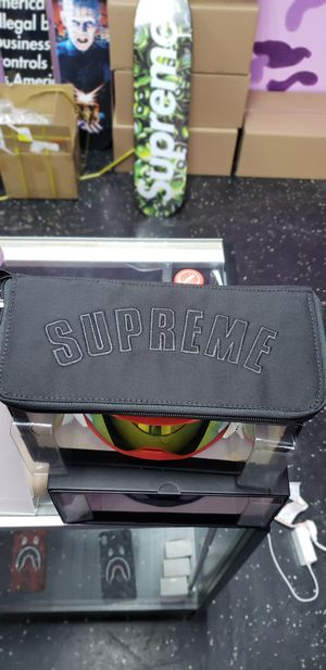 Supreme X The North Face Black Organizer for Sale in Dallas, TX