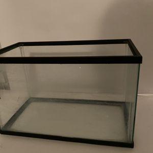 Fish Tank: Fantastic Condition for Sale in La Puente, CA