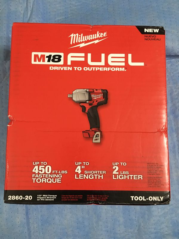 Milwaukee M18 FUEL 18-Volt Lithium-Ion Brushless Cordless 1/2 in. Impact Wrench 450 ft/ lbs (Tool-Only)