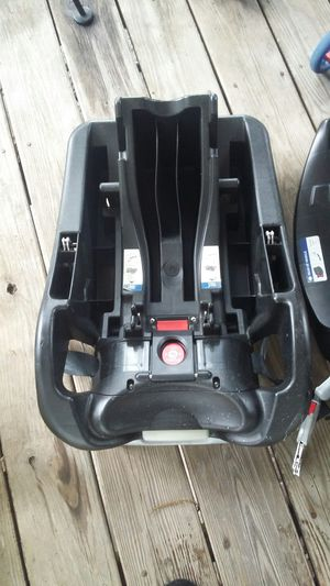 4 carseat bases for Sale in Nashville, NC