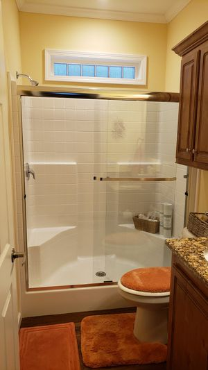 Shower doors with frame for Sale in Lake Wales, FL