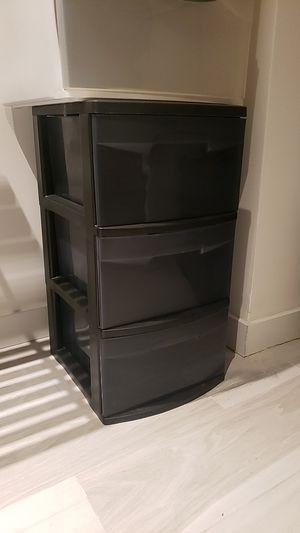 Sterlite Plastic Drawers (Black) for Sale in Miami, FL
