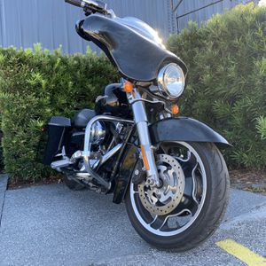Harley Davidson Street Glide for Sale in Tampa, FL