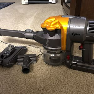 Dyson DC16 Cordless Portable Vacuum Cleaner for Sale in Lynnwood, WA
