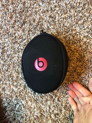 Wireless beats headphones for Sale in Houston, TX