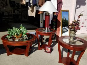 Coffee table and 2 end tables for Sale in Elk Grove, CA