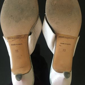 Burberry authentic short heel sandal for Sale in Los Angeles, CA