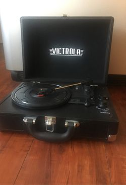 Victrola Suitcase Record Player for Sale in Los Angeles,  CA