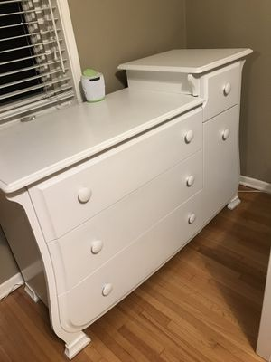 Baby Changing Table by Pali for Sale in La Habra Heights, CA