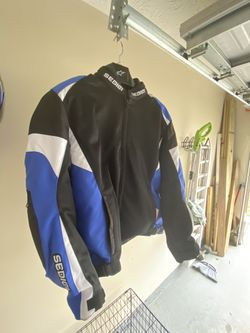 SEDICI MOTORCYCLE JACKET for Sale in Jonesboro,  GA
