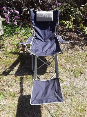Camp chair with foot rest and head cushion for Sale in Point Judith, RI