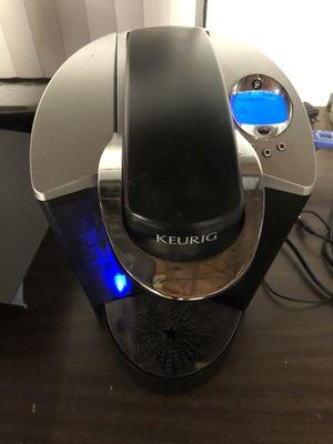 Keurig coffee maker for Sale in Harrisburg, PA