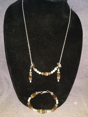 Necklace earrings & bracelet set for Sale in Lawrenceville, GA