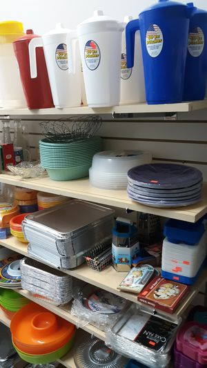 Kitchen items, platters buy 12 for .55 for Sale in Saint Charles, MO