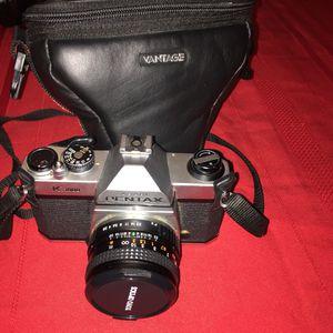 Pentax k-1000 vintage camera for Sale in Hyattsville, MD