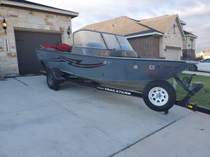 2005 Tracker Fishing Boat for Sale in San Antonio, TX