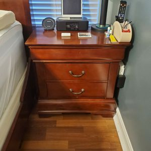 Nightstand for Sale in Centreville, VA