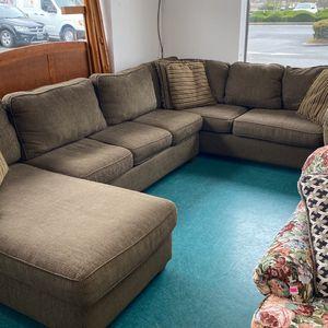 Bauhaus 3 Piece Sleeper Sectional for Sale in Mountlake Terrace, WA