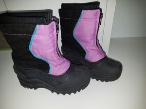 Snow boots kid's size 13 for Sale in Vancouver, WA