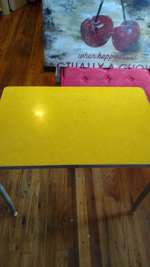 Vintage 1950s child's table for Sale in Portland, OR