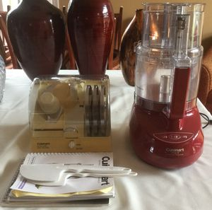 """Cuisinart Pro 9"""" 9 cup food processor for Sale in Woodinville, WA"""