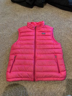 Girls XL (14) pink PATAGONIA goose down vest for Sale in Everett, WA