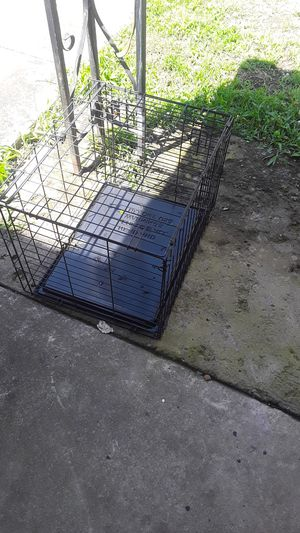 Small dog crate for Sale in Smyrna, TN