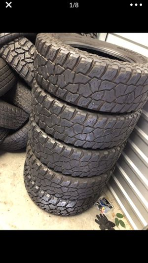 5 tires LT275/70R18 Mickey Thompson for Sale in Portland, OR