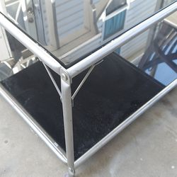 Black Glass Coffee Table for Sale in Fullerton,  CA