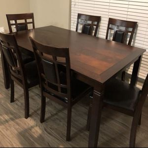 Brand new dining set; table and 6 chairs for Sale in Silver Spring, MD