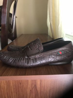 GG GUCCI PRINT LOAFERS for Sale in Cary, NC