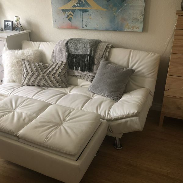 White Fouton & Ottoman (with storage)