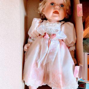 Swan-Porcelain Doll for Sale in Farmington, UT