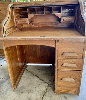Antique Eagle Lock co Roll Top Desk Solid Wood. for Sale in Mountain View, CA