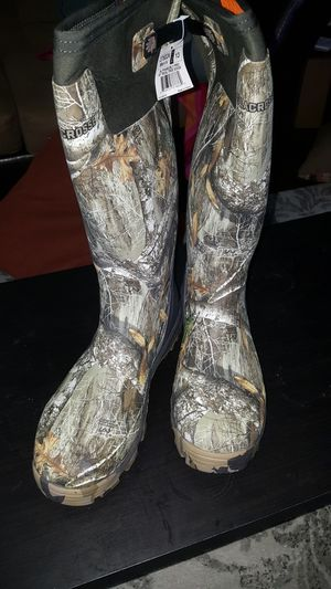 Alphaburly pro lacrosse hunting fishing boots realtree edge size 13 for Sale in Kent, OH