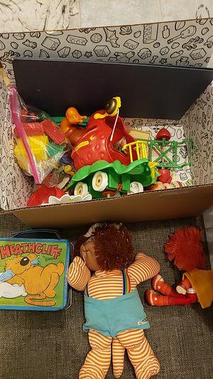 Free Retro 80's toys - $250+ value on ebay, Strawberry Shortcake Cabbage Patch for Sale in Wheaton, IL