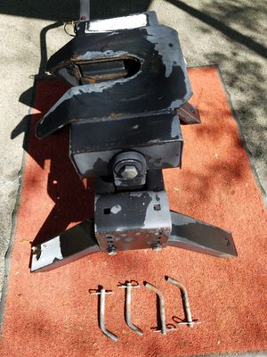 5th wheel hitch for Sale in Tyler, TX
