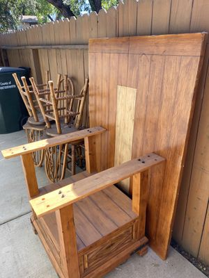 Table for Sale in Fair Oaks, CA