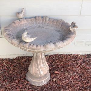 Concrete Bird Bath And Fountain for Sale in Lake Elsinore, CA