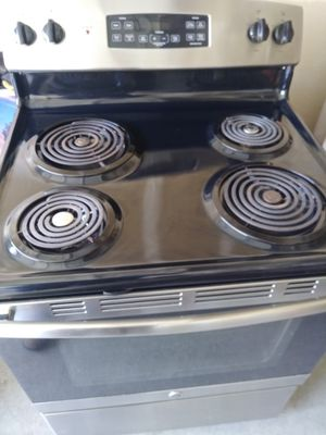 Stainless steel stove for Sale in Las Vegas, NV