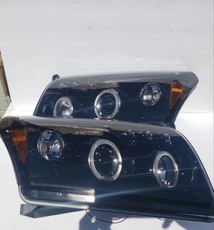 Dodge Caliber 2007-2012 Halo Projector Headlights for Sale in Phillips Ranch, CA